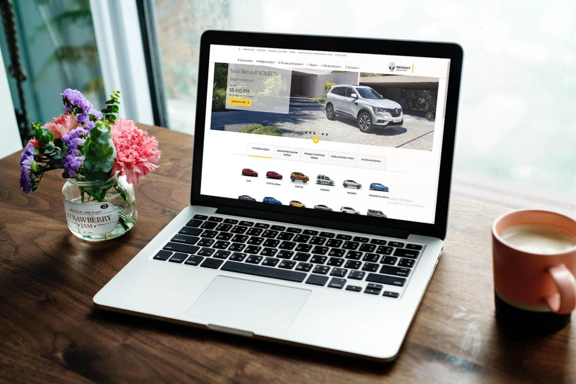 Renault web application